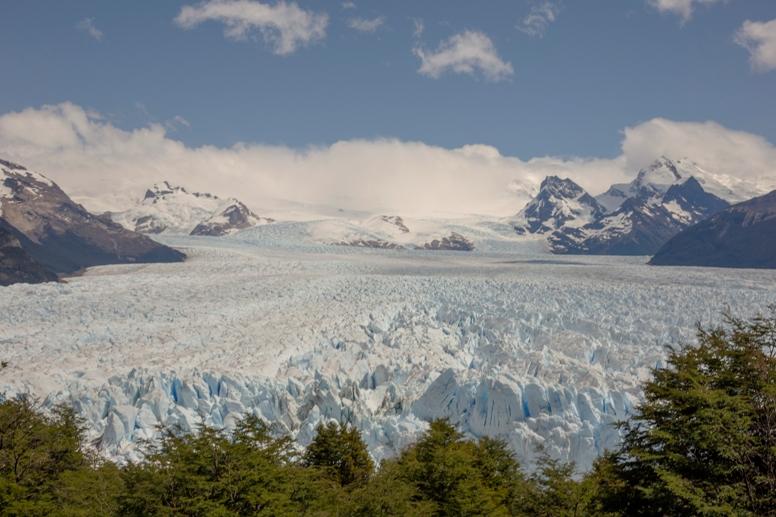 El-Calafate-provincia-de-Santa-Cruz-Argentina-2.jpg